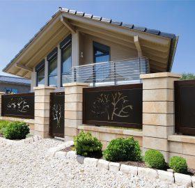 Neubauhaus mit Garten